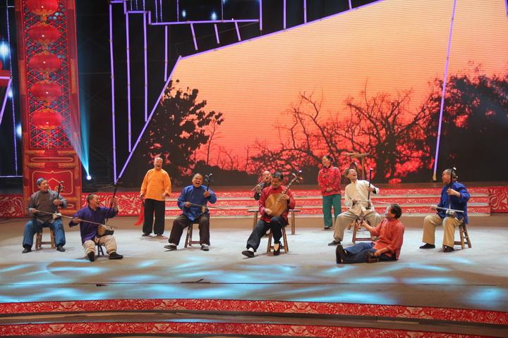 和晚会压轴歌曲《美丽中国》紧扣时代脉搏,彰显国人实现中国梦的决心