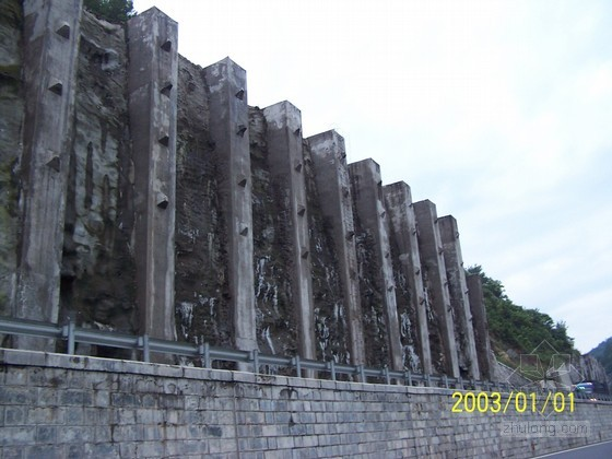 挡土墙设计的地基建筑环节