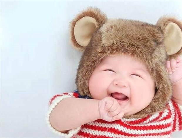 宝宝起好名的重要性,父母如何送好这个第一份礼物