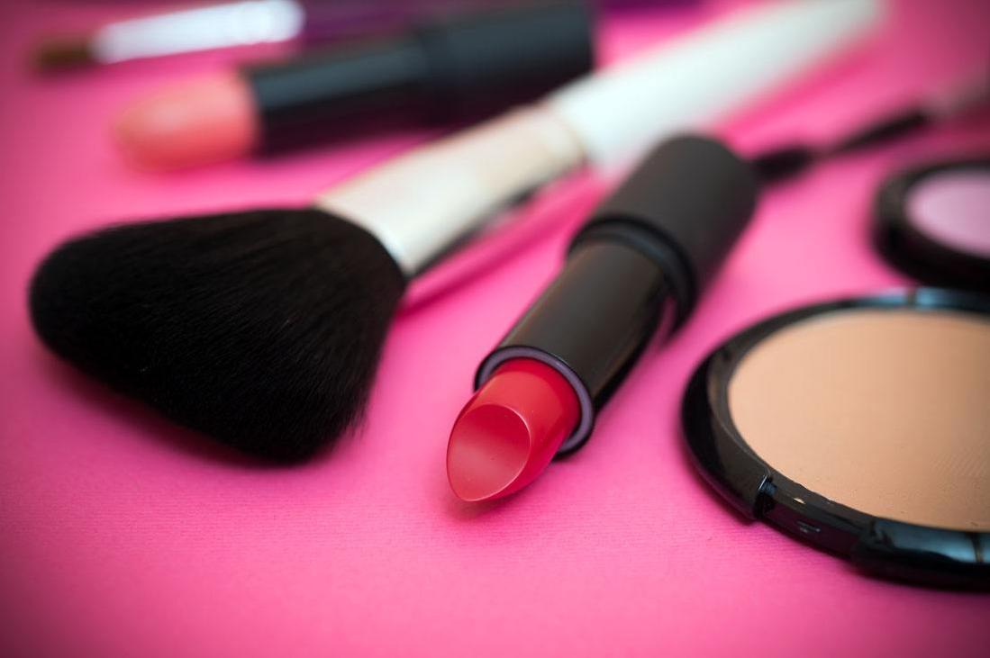 化妆品品牌广告语欣赏,化妆品广告语精选