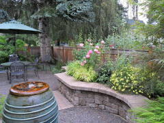 家庭庭院花坛设计欣赏