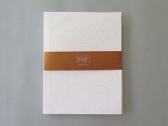 来自F&F宣传册手册设计欣赏