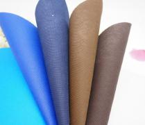 无纺布手提袋定做时,印刷颜色应该要怎样进行搭配